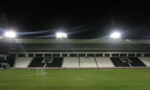 图文:[世预赛]国足多哈试场 体育场静候恶战