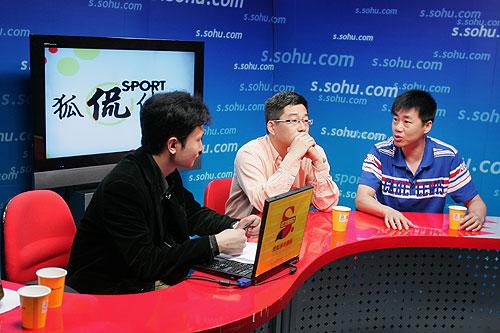 图文:名嘴PK国足世界杯 中国足球不灭的话题