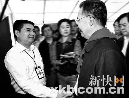 陈光标的义举获得了温总理的高度赞赏。