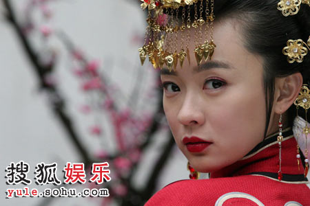 《玫瑰江湖》霍思燕美艳造型