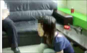 深圳某数码商城保安被指抓住女小偷