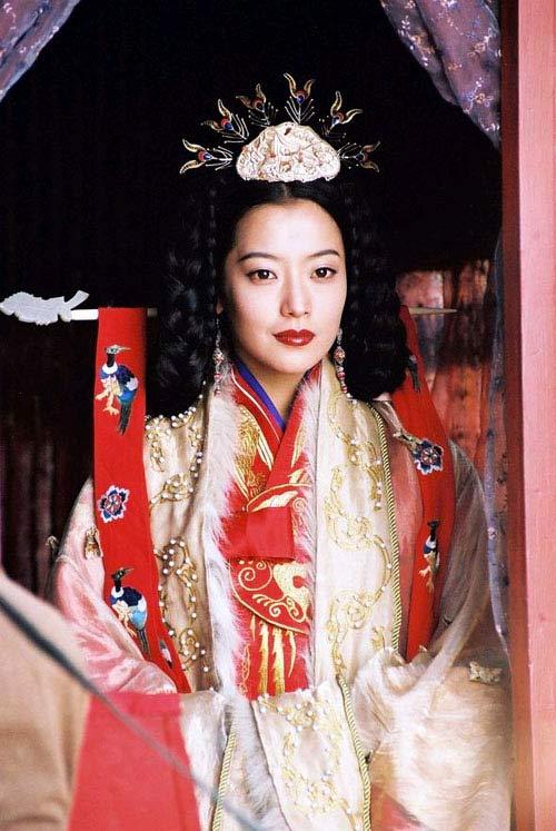 组图:韩国女星绝美古装造型比比谁更美? 搜狐