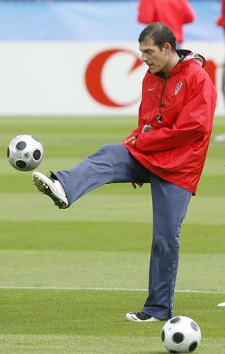 教练秀脚法