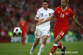 图文:08欧洲杯瑞士0-1捷克 西昂科和贝赫拉米
