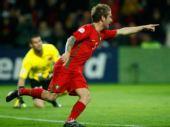 图文:葡萄牙2-0完胜土耳其 梅莱雷斯兴奋异常