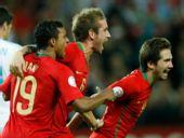 图文:葡萄牙2-0完胜土耳其 梅莱雷斯庆祝进球