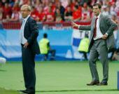 图文:奥地利0-1克罗地亚 希克斯贝格注视凝思
