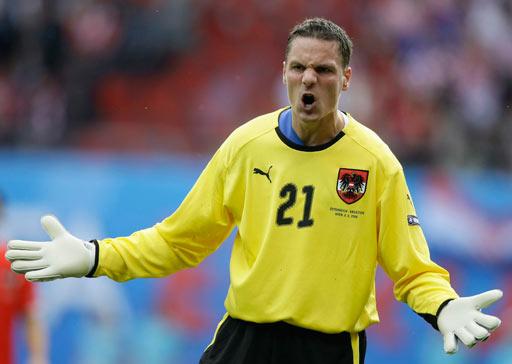 图文:奥地利0-1克罗地亚 马霍狂吼
