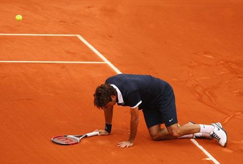费德勒跪求胜利