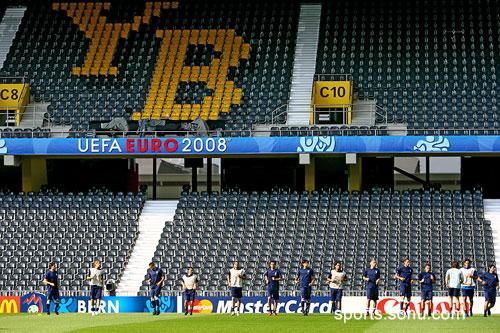 图文:意大利赛前最后训练 瑞士年轻人的主场