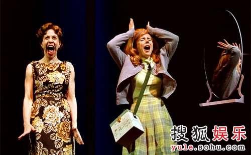百老汇音乐剧《发胶星梦》精彩剧照3