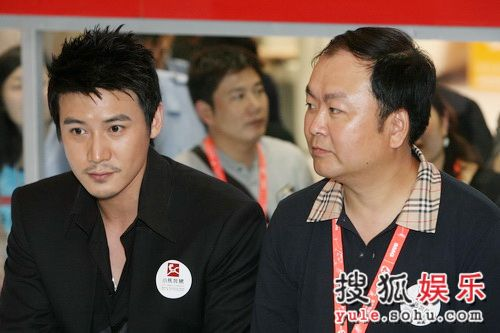图:《三国》剧组再度公开亮相-陆毅与高希希