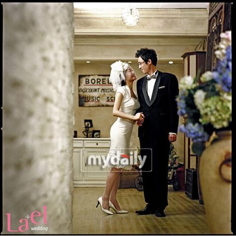 李尹锡公开婚纱照-02
