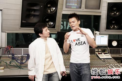 成龙与J.Y.PARK共同录制歌曲