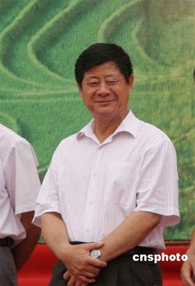 资料图:贵州省省委副书记王富玉。 中新社发 章静 摄