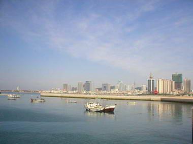 图文:青岛奥林匹克帆船中心 新的奥帆港湾