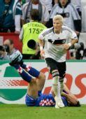 图文:德国1-2克罗地亚 莱科被侵犯