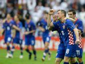 图文:德国1-2克罗地亚 队员庆贺功臣