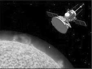 """艺术家笔下的""""太阳探测器+""""访问太阳示意图"""