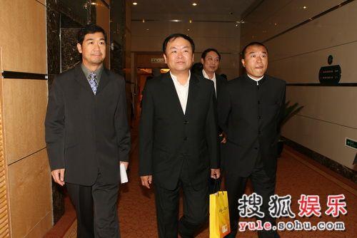 图:导演工作委员会成立-张国立高希希康洪雷
