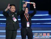 图:《士兵突击》获上海电视节金奖-获金奖