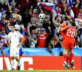 图文:[欧洲杯]希腊VS俄罗斯 俄球员庆祝进球