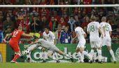 图文:瑞士VS葡萄牙 里卡多扑救