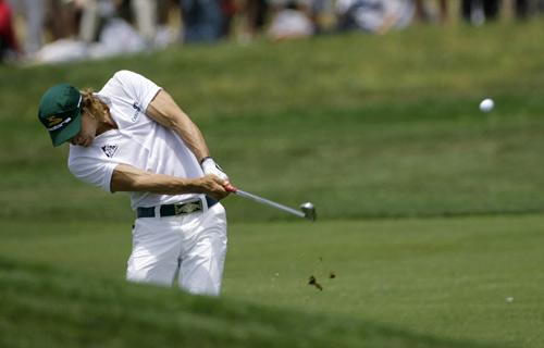 图文:美国高尔夫公开赛第四轮 维勒加斯挥杆