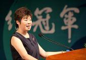 于丹北大演讲:地震与奥运构筑中国精神纵横坐标