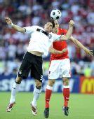 图文:德国1-0奥地利 马・戈麦斯争顶