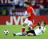 图文:德国1-0胜奥地利 拉姆与哈尼克拼