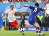 图文:克罗地亚1-0波兰 穆拉夫斯基带球进攻