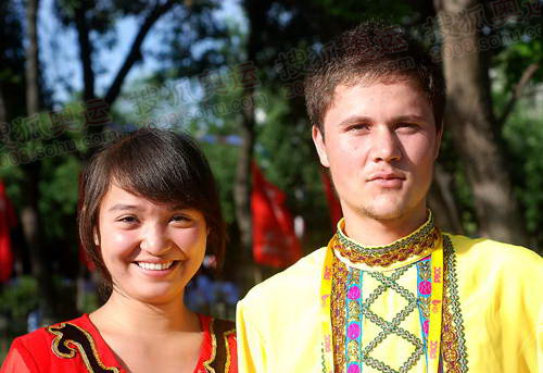 维吾尔族学生