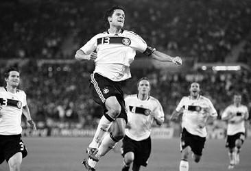 巴拉克不愧是德国队的场上灵魂