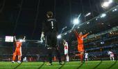 图文:荷兰2-0罗马尼亚 荷兰欢庆胜利