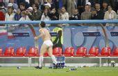 图文:意大利2-0法国 卡萨诺只剩裤衩