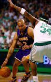 图文:[NBA]湖人VS凯尔特人 费舍尔突破