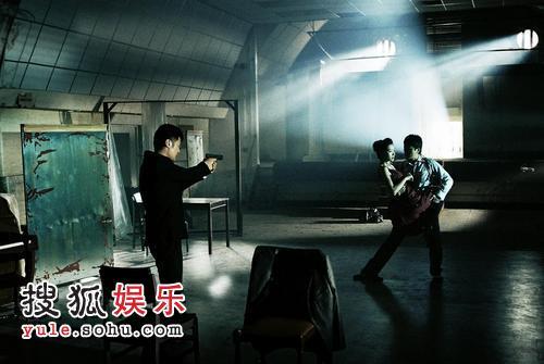 组图:郑伊健拍《第一诫》 被赞有舞蹈天分-搜狐 ...