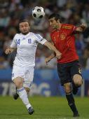 图文:[欧洲杯]西班牙2-1希腊 齐头并进