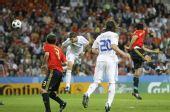 幻灯:皇马新星西金靴献处子球 西班牙2-1希腊