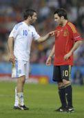 图文:[欧洲杯]西班牙VS希腊 法布雷加斯比赛中