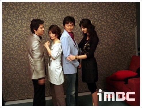 组图:韩剧《秘密男女》剧照1