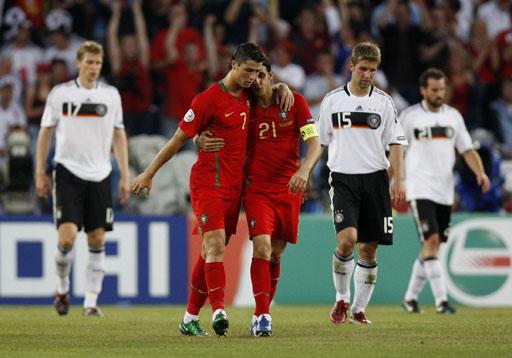 葡萄牙VS德国 C罗安慰戈麦斯