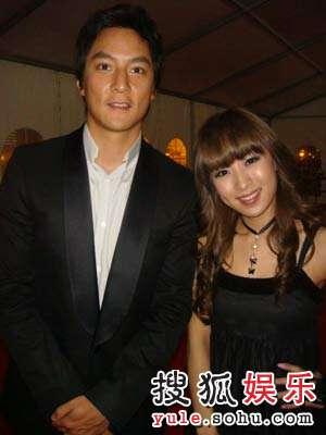 SARA与吴彦祖
