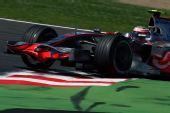 图文:[F1]法国大奖赛排位赛 科瓦莱宁进行比赛