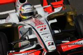 图文:[F1]法国大奖赛排位赛 苏蒂尔在比赛中
