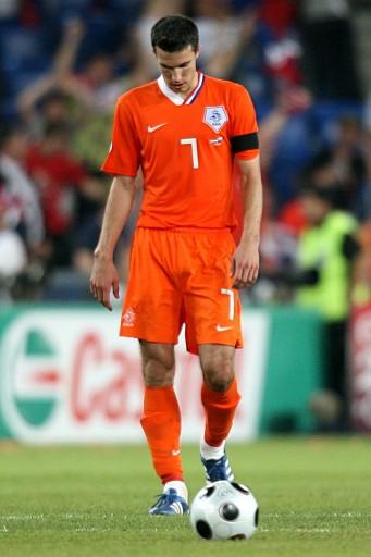 图文:[欧洲杯]荷兰3-1俄罗斯 范佩西不相信比分