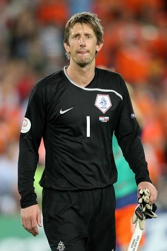 图文:[欧洲杯]俄罗斯3-1荷兰 范德萨就这样结束