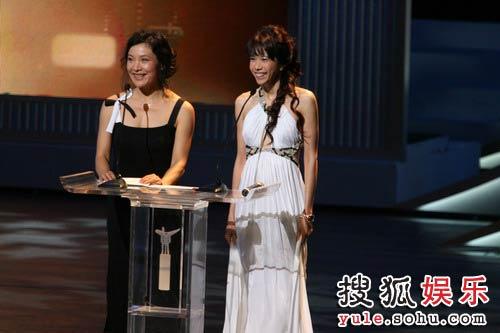 图:第十一届上海国际电影节闭幕式-莫文蔚