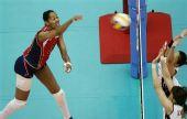 图文:美国女排3-2日本女排 日本队双人拦网
